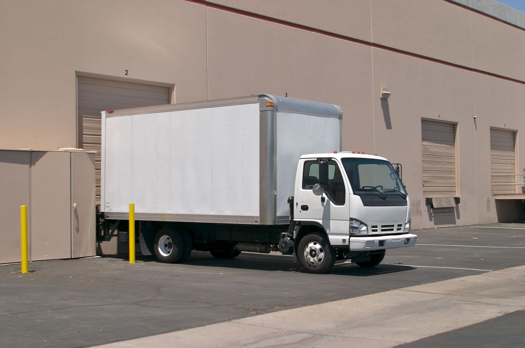 Hutchinson, KS.  Box Truck Insurance